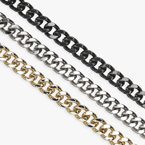 BILLIE CHAIN - SHORT